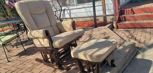 Photo Shermag Stanton Transitional Style Glider Rocker and Ottoman, nursing chairs