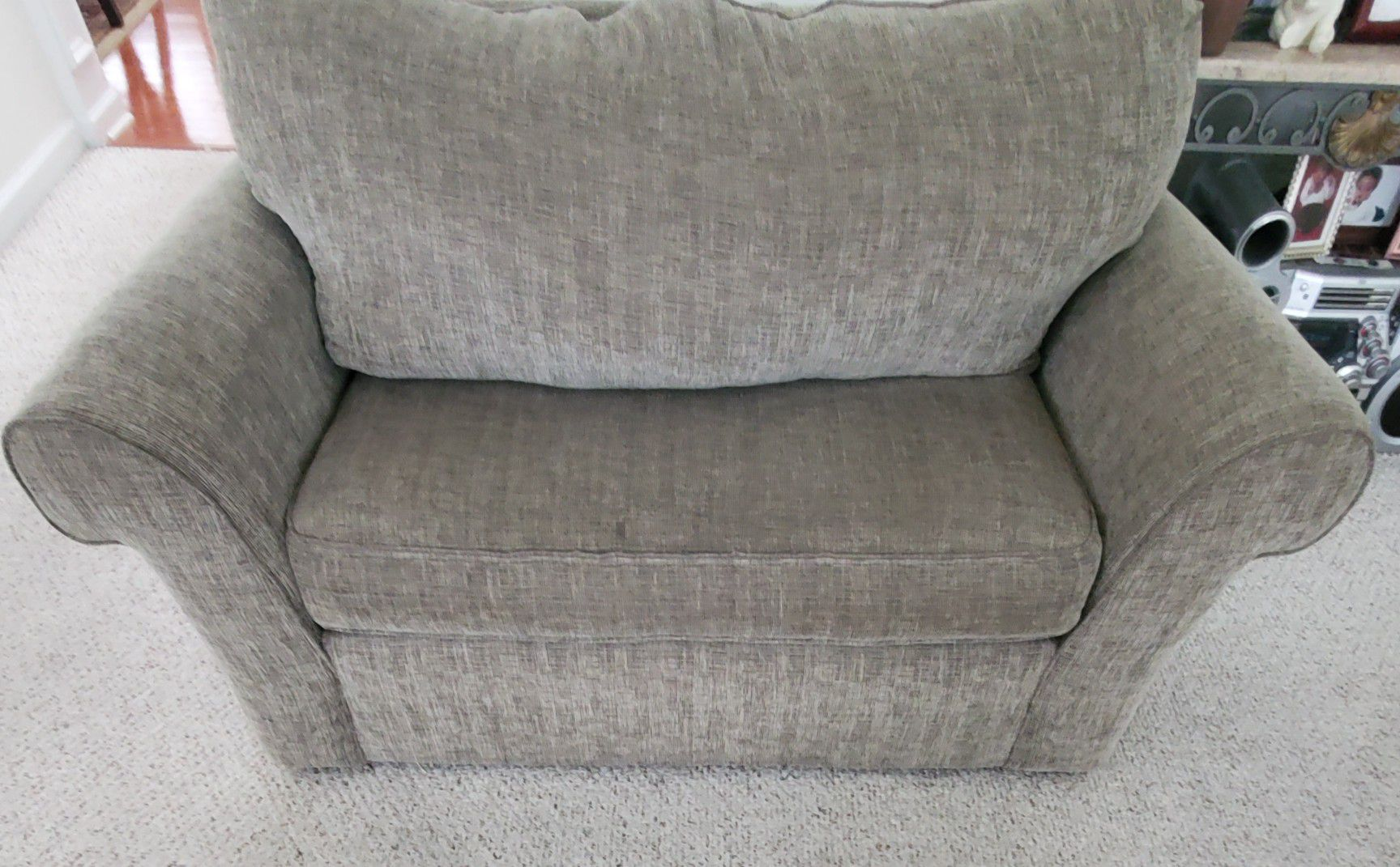 Broyhill pull bed and couch