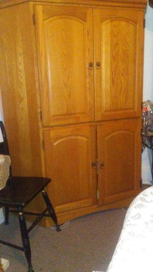 Mueble para tv o PC. for Sale in Philadelphia, PA