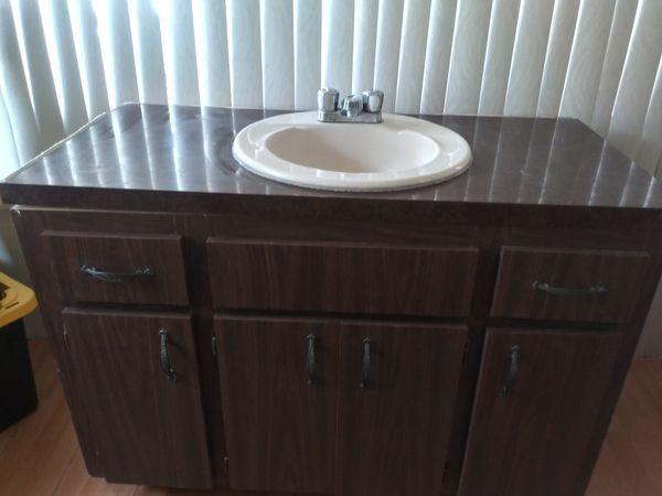 BATHROOM VANITY & SINK for Sale in Clearwater, FL - OfferUp