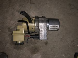 Photo 2013 Dodge Charger Power Steering Pump