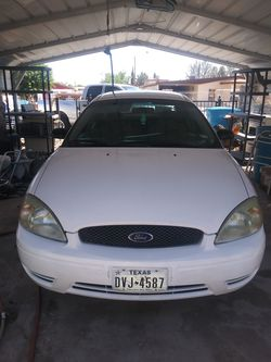 2004 Ford Taurus Thumbnail