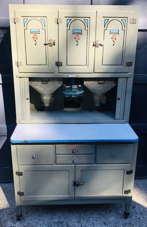 Hoosier Pantry Hutch in Orginal Grey Painted Finish, De Lux Dry Bar for Sale in Wareham, MA