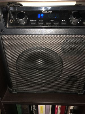 Ion Bluetooth am/fm speaker for Sale in Los Angeles, CA