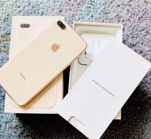 IPhone 8 Plus desbloqueado for Sale in Manassas, VA