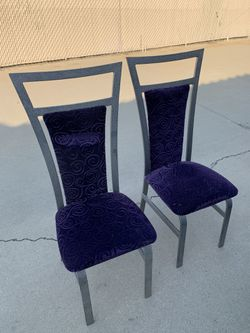 Table and 6 Chairs Thumbnail