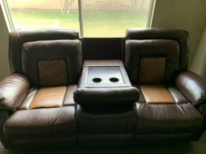 Reclining sofa, with drop table. for Sale in Gilbert, AZ