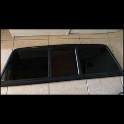 Chevrolet S10 Rear Glass  Thumbnail