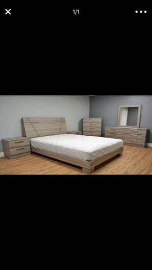 Queen Bedroom set new in box. Next day Delivery available for Sale in Hialeah, FL