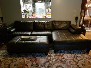 Photo Ashley Furniture Leather sectional
