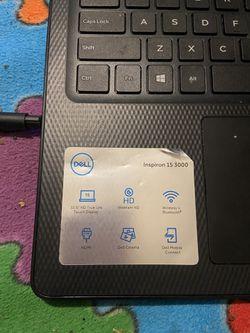 "Dell Inspiron 15.6"" HD Touch Display, 10th Gen Core i7-1065G7, 512GB SSD, 12GB RAM, Webcam, Bluetooth, Windows 10 - Thumbnail"
