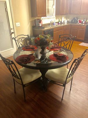 Dining Table And Chairs For Sale In Nashville TN