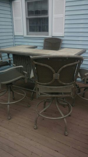 Outdoor furniture/bar with 5 chairs for Sale in Manchester, NH