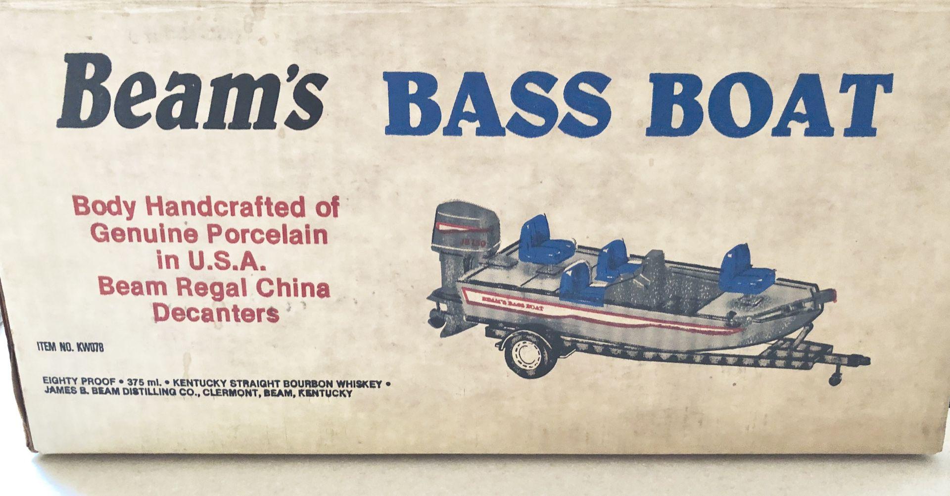 BEAM'S BASS BOAT WITH TRAILER JIM BEAM 1987