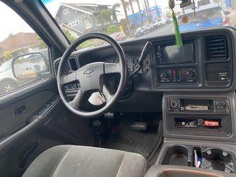 Silverado 2003 Motor 4.8 V8 Excelentes Condiciones La Camioneta Cuenta Con 183 Mil Millas  Thumbnail