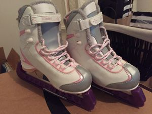 Ice skates, used, but in really good condition for Sale in Ashburn, VA