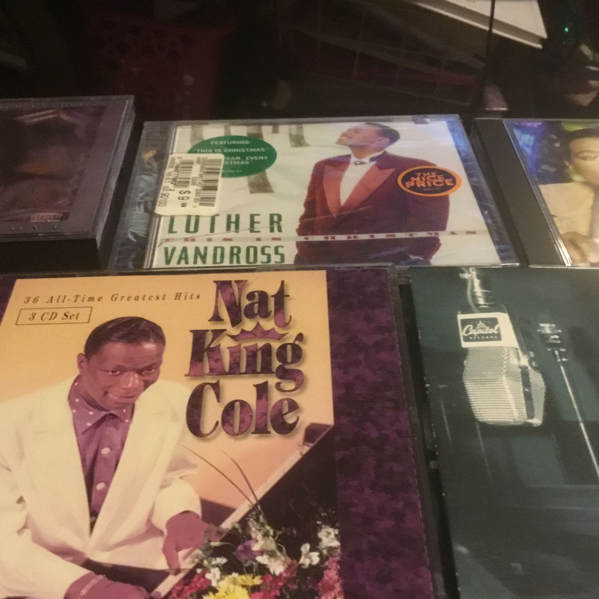 5 Cd Tape One Car settle Tape Cd Music Tape O& Luther Vandross And Nat King Cole on Sal Forjust 5.00