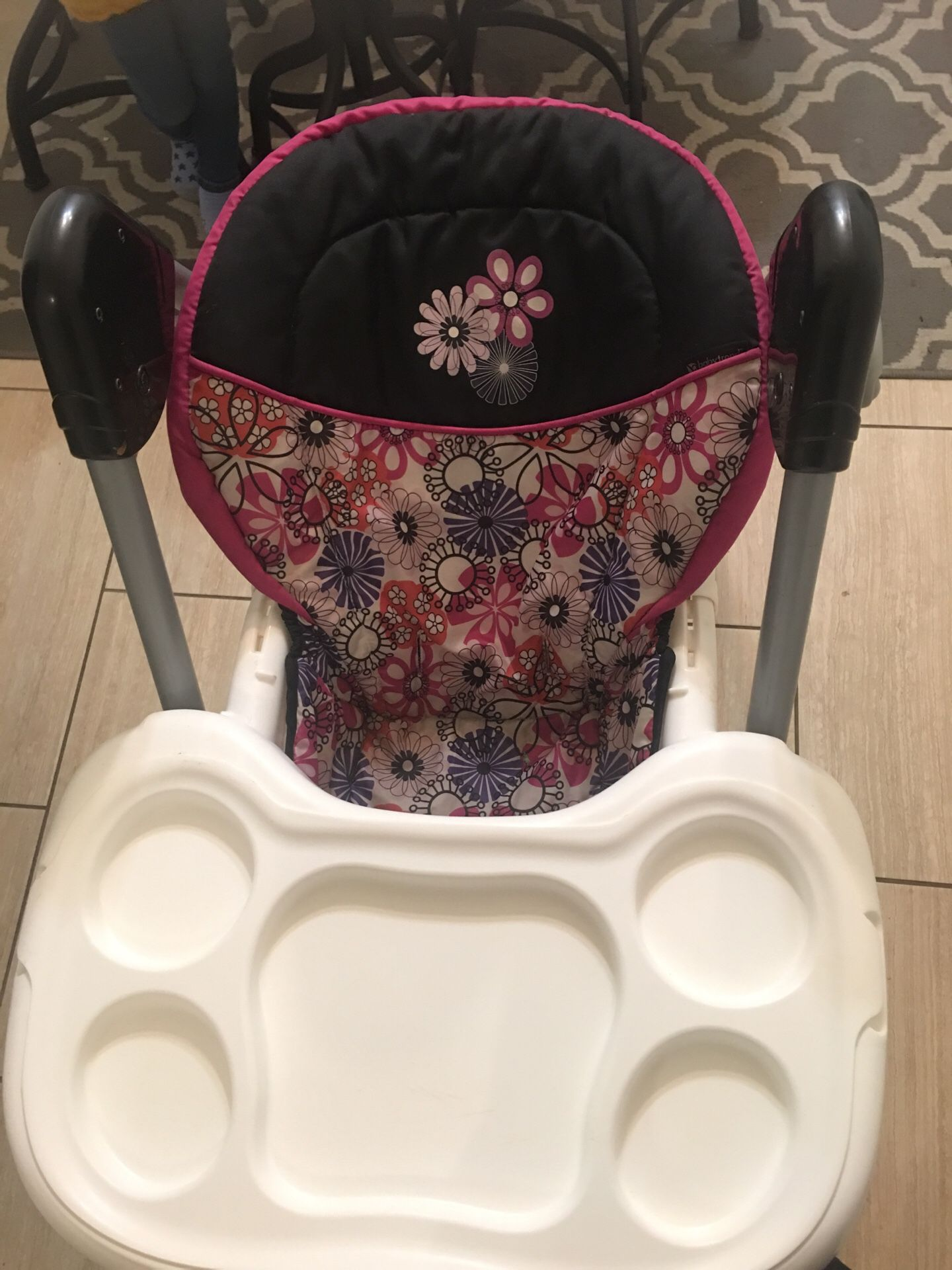 Adjustable High chair