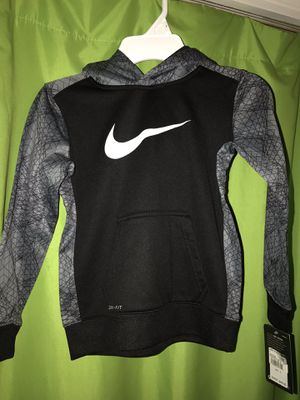 NIKE size small; BRAND NEW for Sale in Berryville, VA