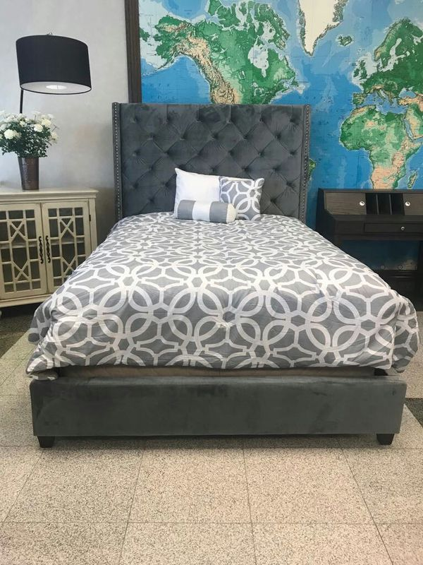 Brand New queen size bed frame for Sale in Houston, TX - OfferUp