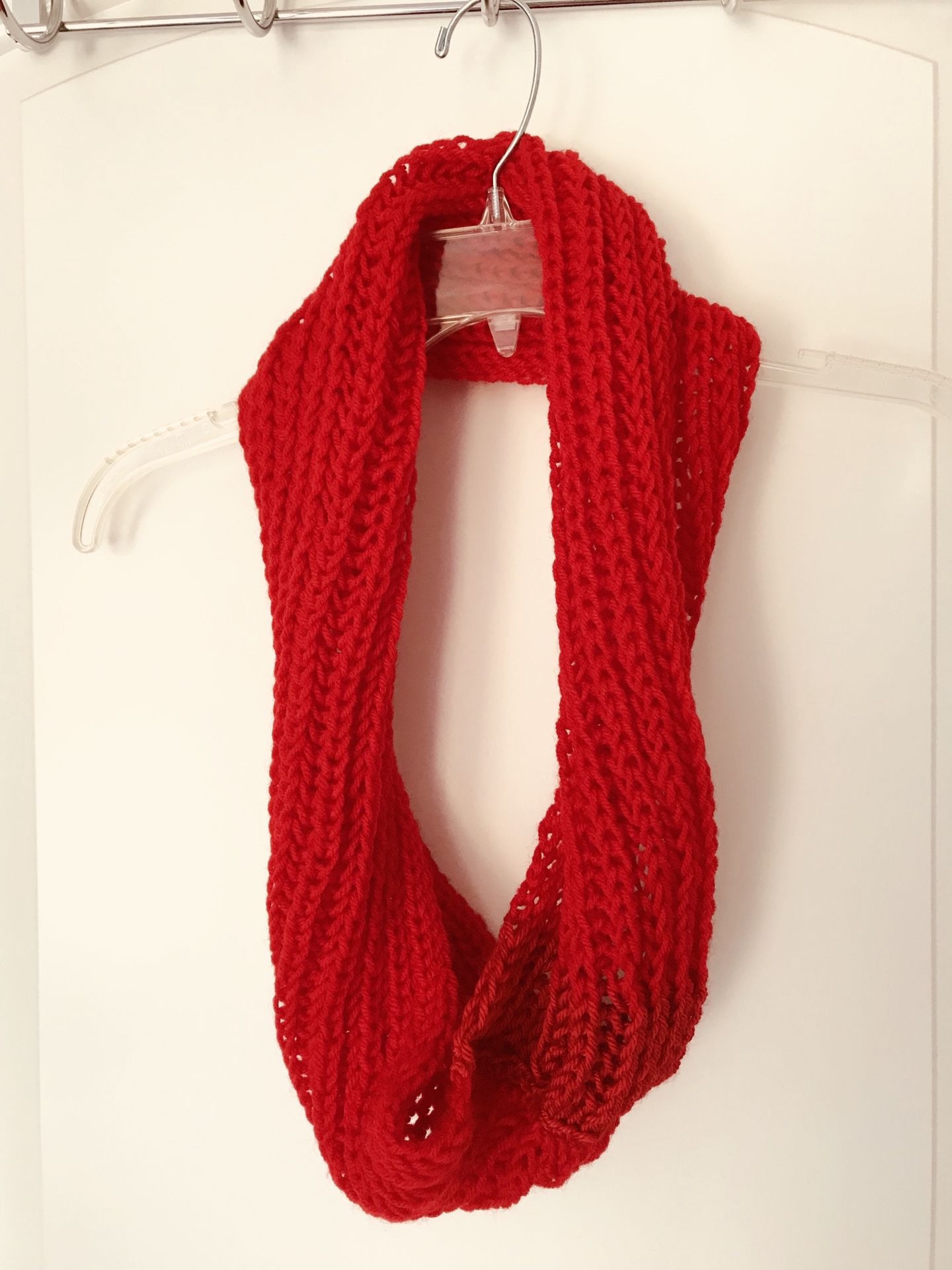 Stylish comfy knitted scarf
