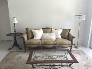 LIVING ROOM SET ~ traditional sofa, couch, settee, chairs, rug, table & lamps for Sale in Fort Lauderdale, FL
