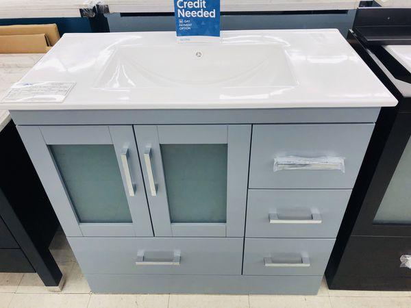 """36"""" Bathroom Vanity Combo for Sale in Orlando, FL - OfferUp"""