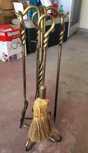 Brass fireplace tool set $35 for Sale in Las Vegas, NV