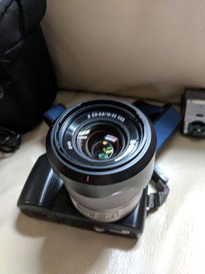 Sony NEX-C3 mirrorless camera - like new for Sale in Alexandria, VA