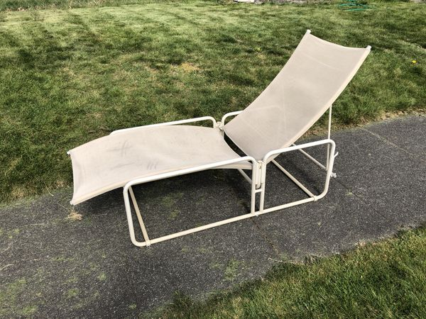 5b284bb41dfa Mid century Brown Jordan Nomad chaise lounge chairs for Sale in Tacoma