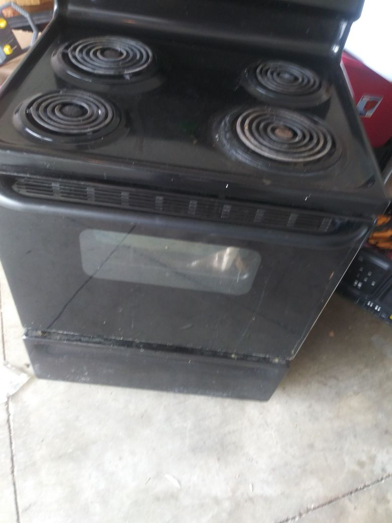 Electric stovetop and dishwasher