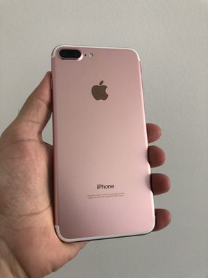 iPhone 7 Plus 32 GB {AT&T and Cricket} for Sale in Herndon, VA