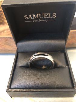 Titanium white gold ring. Size 12 Thumbnail
