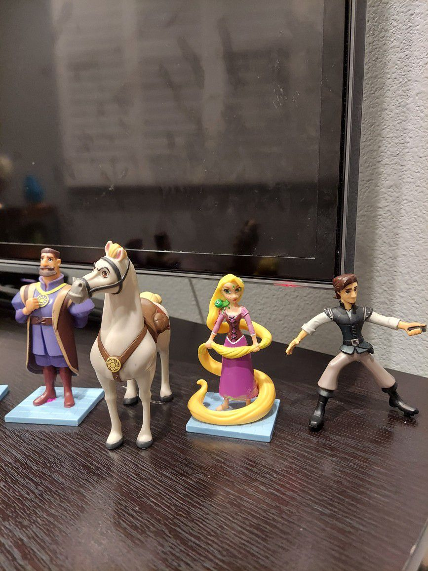 Disney Tangled Action Figure Set