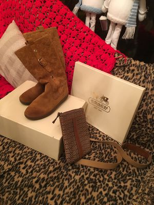 COACH BOOTS & PURSE for Sale in Gaithersburg, MD