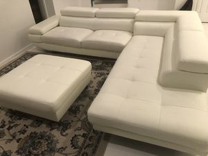 Sectional sofa couch with ottoman for Sale in Fort Washington, MD