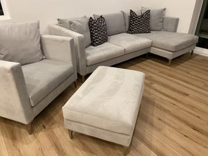 Photo BRAND NEW Z Gallerie Silver Couch Sofa with Chaise, Chair with Ottoman Home Decor