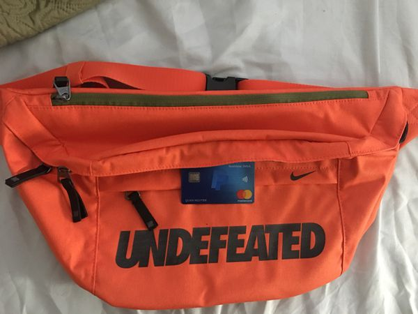 Complexcon exclusive Nike Undefeated messenger bag for Sale in ... 93a89ce1258e