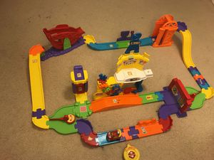 VTech Go! Go! Smart Wheels Ultimate RC Speedway for Sale in NO POTOMAC, MD