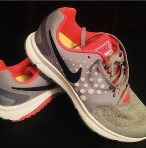 d55d1656548136 NIKE RUNNING WOMAN SHOES SIZE 8 LIKE NEW for Sale in US