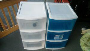 2 box for Sale in Deltona, FL