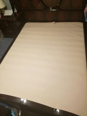 Queen box spring only for Sale in Fairfax, VA