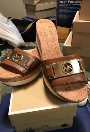Michael kors woman shoes for Sale in Houston, TX