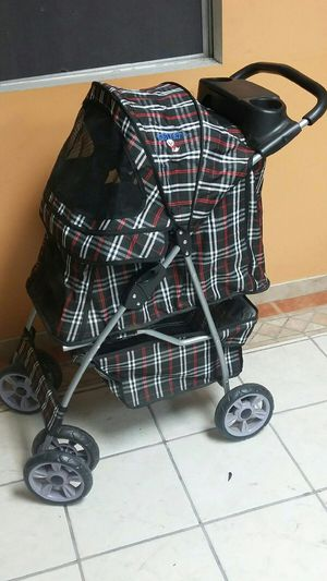 Dog Stroller Plaid Red Black White for Sale in Downey, CA