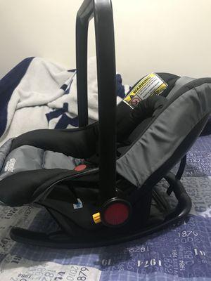 Silla para bebé en buen estado for Sale in Herndon, VA
