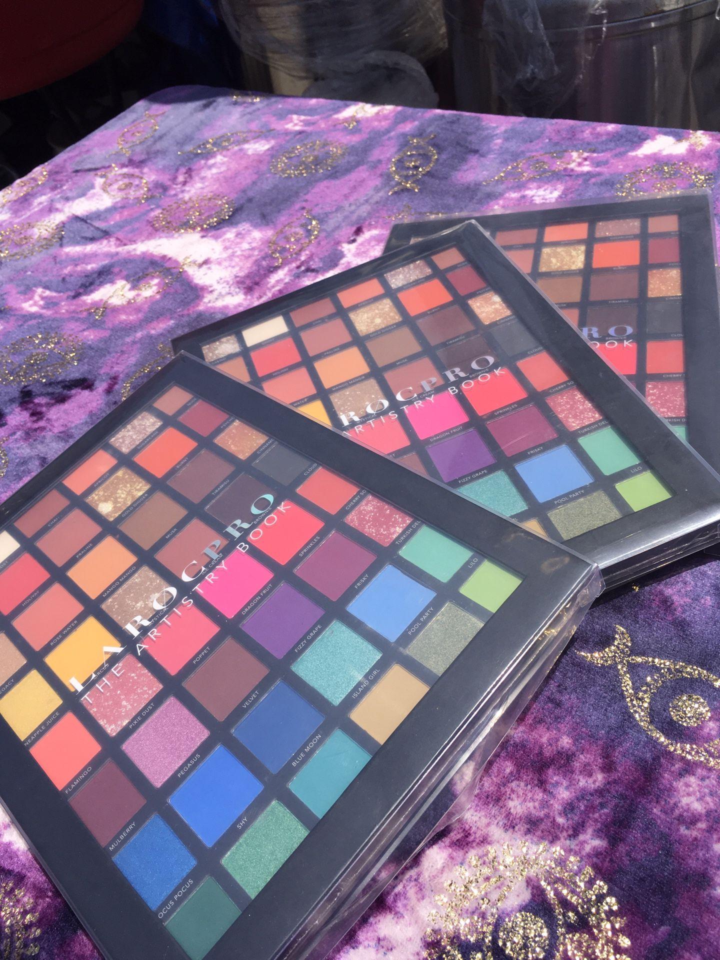 LaRoc Pro Artistry Eyeshadow palette