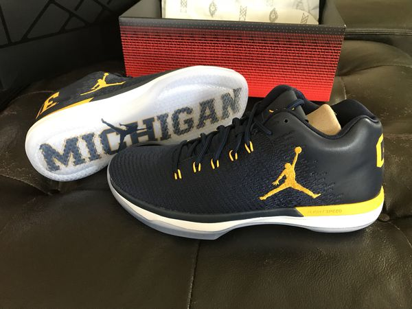 f710bd6c8619 Air Jordan 31 Michigan - size 9 Brand new for Sale in Rosemead