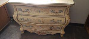 Vintage Dresser for Sale in Alexandria, VA