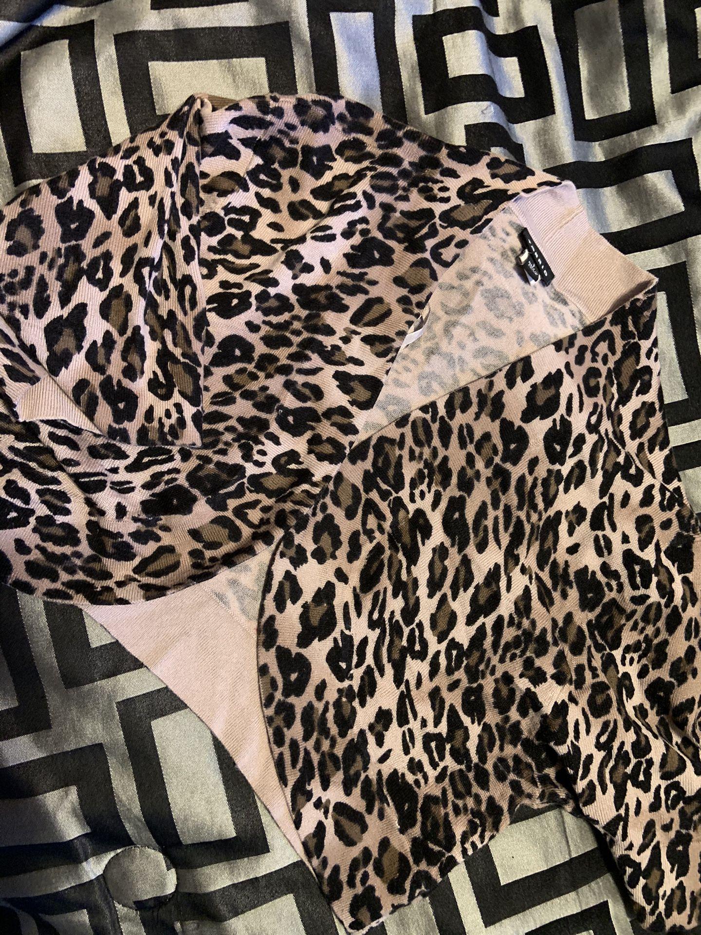 XL cheetah tops
