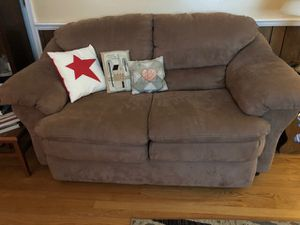 Sofa & Matching love seat for Sale in Raphine, VA